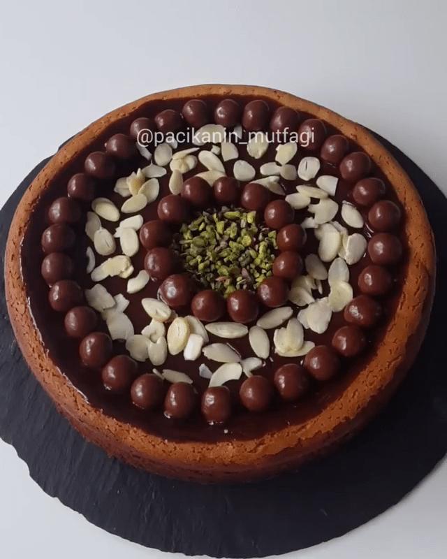 Çikolatalı Fındık Kremalı Cheesecake